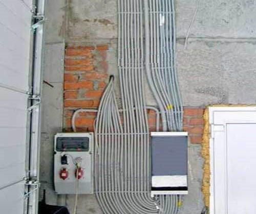 прокладка кабеля в коробе фото